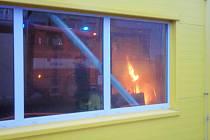 Požár v průmyslové hale v Klopině.