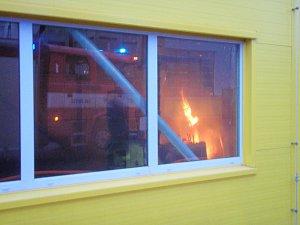 Požár v průmyslové hale v Klopině