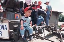 Vyprošťovací tank na snímku z roku 1996. Nikdo netušil, že o rok později bude při povodních nasazen naostro