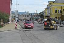 Jesenická ulice bude brzy mít nový asfaltový koberec.