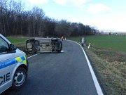 Havárie vozidla u Bernartic v úterý 12. března.