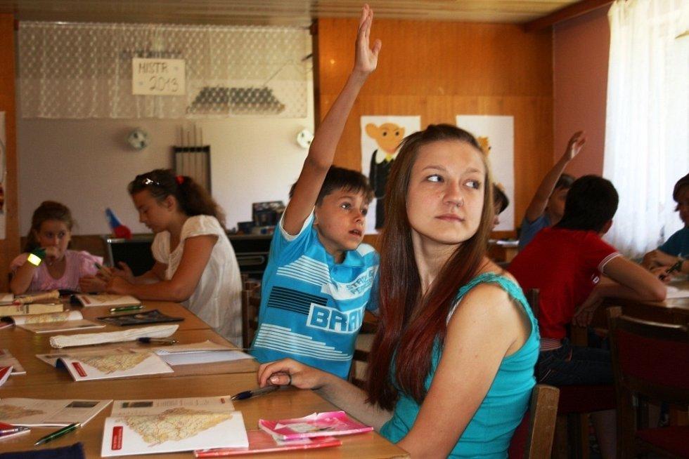 Šestašedesát dětí z Ukrajiny tráví nynější dny v rekreačním zařízení ve Třemešku u Oskavy. Jsou to děti českých krajanů, kteří žijí v oblastech postižených havárií jaderné elektrárny v Černobylu.