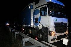 Srážka kamionů u Loštic