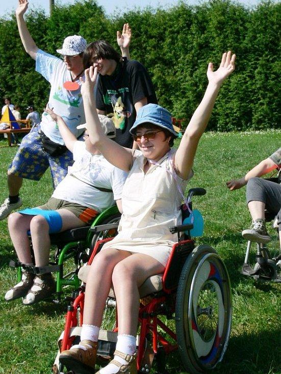 Ve všech disciplínách mohli soutěžit i vozíčkáři.