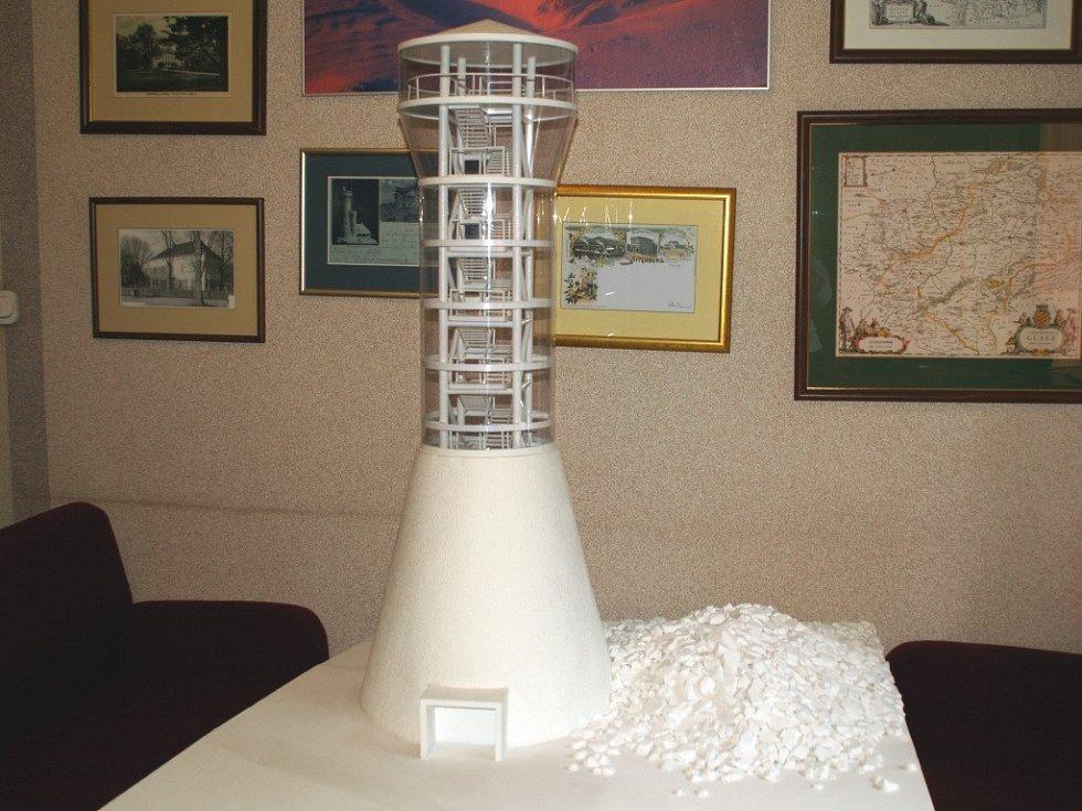 Model nové rozhledny na Králickém Sněžníku.