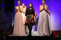 Módní přehlídka Top styl 2016 v Mohelnici - kolekce Veroniky Procházkové