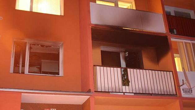 V bytě v ulici Pod Senovou v Šumperku hořelo