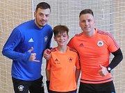 Filip Machů (uprostřed) se představí na mistrovství světa fotbalových klubů.