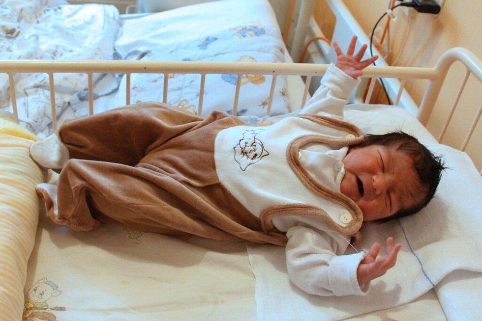 První letošní novorozenec v kraji Rostislav Zouhar