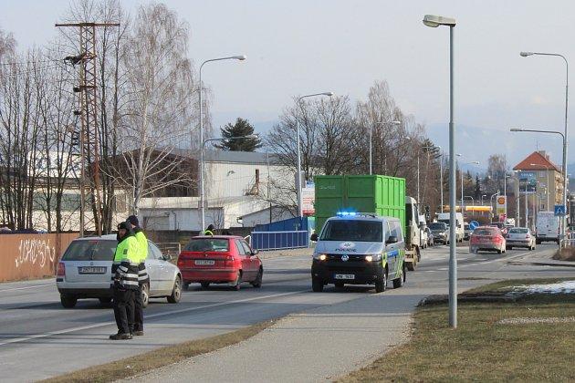 Nehoda ve středu 28. února na průtahu Šumperkem.
