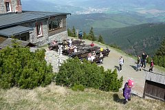 Chata na Šeráku po několikaměsíční pauze otevřela.