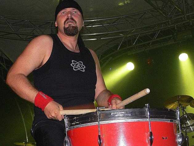 V prostorách zábřežského hradu vystoupí i Jumping Drums