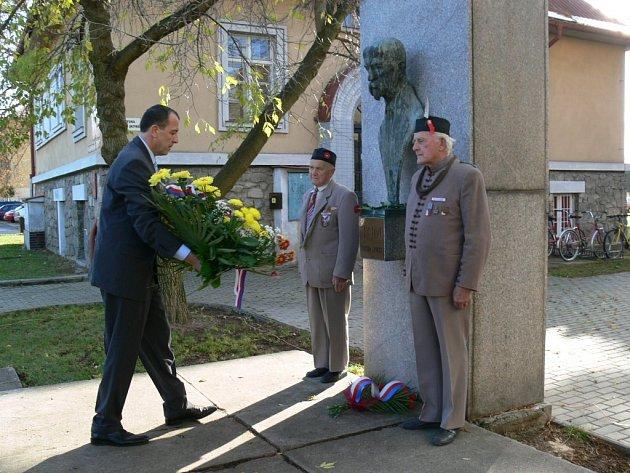 Ve čtvrtek 23. října představitelé města Šumperku, České obce sokolské a dalších organizací připomněli 90. výročí vzniku Československé republiky.
