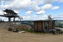 Výstavba nové lanovky ze Stříbrnic na horu Štvanice.