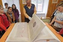 Codex Gigas neboli Ďáblova bible v knihovně města Mohelnice