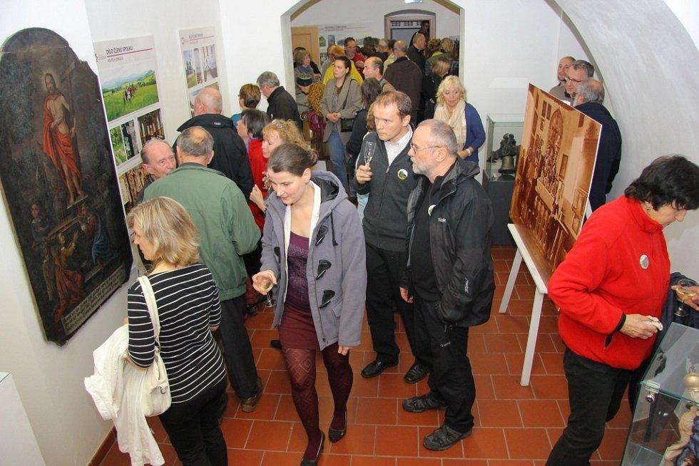 Výstava o Vřesové studánce v šumperském muzeu