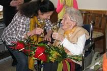Sté narozeniny oslavila v sobotu 28. března Lisolette Nováková z Brníčka.