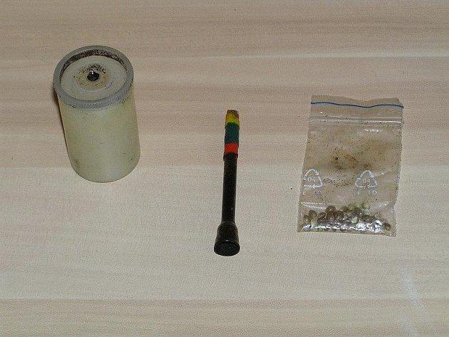 Policisté prohledali dětský domov v Jeseníku, našli drogy