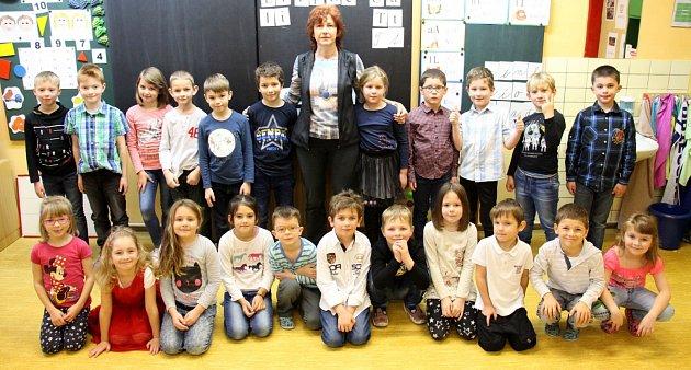 1. třída základní školy vČeské Vsi střídní učitelkou Ivetou Skřivánkovou