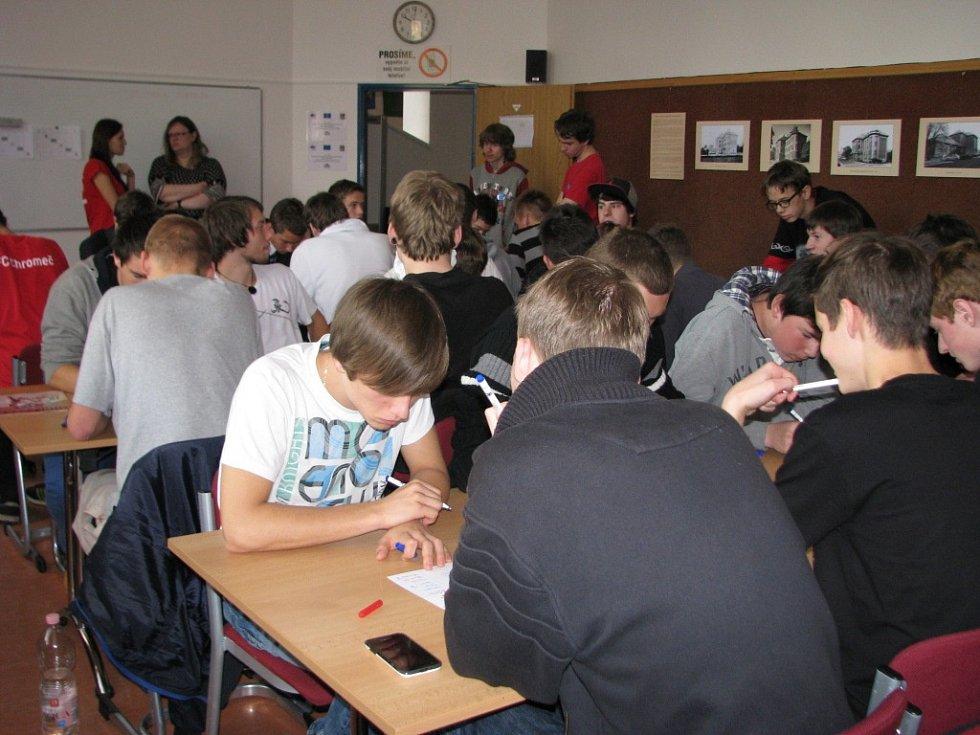 Turnaj v piškvorkách se konal na Komíně v Šumperku.