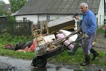 Jesenicko se vyrovnává z následky povodně