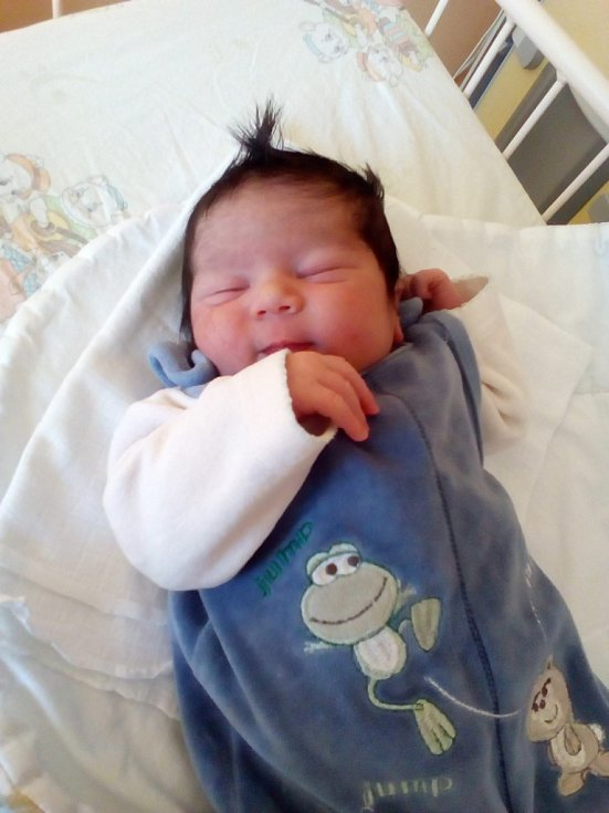 První miminko narozené v Olomouckém kraji v roce 2017. Malý Rostislav přišel na svět pět minut po jedné hodině ranní v porodnici Jesenické nemocnice.
