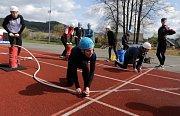 Bludovší hasiči trénují na olympiádu v požárním sportu.Vrcholná soutěž za účasti zástupců nejméně čtyřiceti zemí se bude konat v červenci v rakouském Villachu.