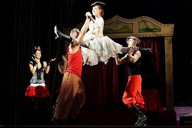 Prodaná nevěsta v provedení Moravského divadla Olomouc.