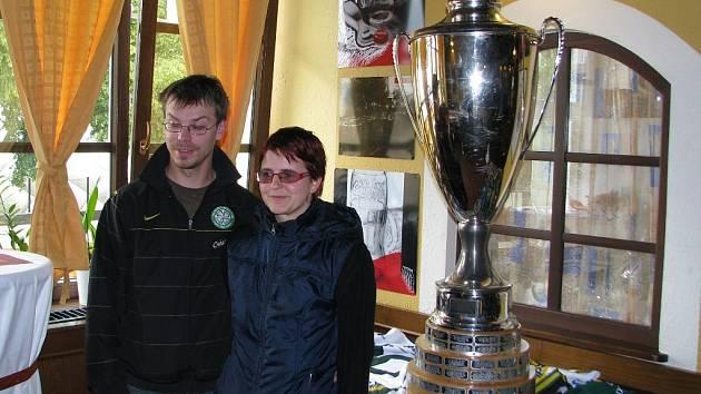 Pohár pro mistra extraligy byl vystaven v Šumperku v hotelu Sport