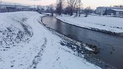Zloděj skočil v Zábřehu do řeky poblíž nebezpečného splavu, kde se v minulosti utopilo několik lidí