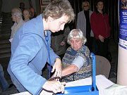 Stovky lidí ve středu 5. listopadu zamířily do šumperského Domu kultury, kde připravila prezentační akci územní organizace Svazu diabetiků.