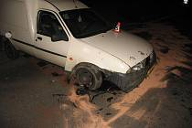 Narazit vozem do betonové skruže se nevyplácí