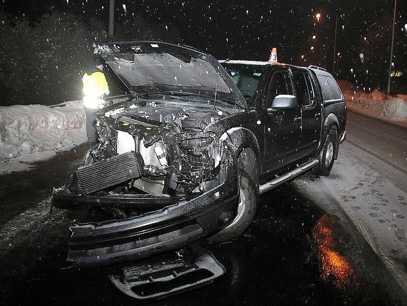 Zničený Nissan Navara