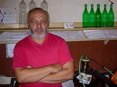 Kvalitní víno je pro Zoltána Hegeduše samozřejmostí.
