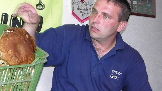 Petr Strnad by měl být kandidátem na post trenéra Velkých Losin.