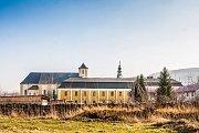Za éry komunismu areál sloužil jako internační klášter pro řeholnice. Postupně v Bílé Vodě vznikla obrovská komunita, která v roce 1988 čítala 415 sester z třinácti kongregací.
