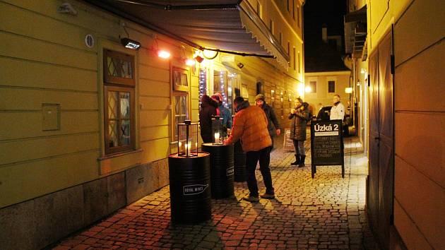 Místa, kde se dá v centru Šumperku pořídit punč či svařák.