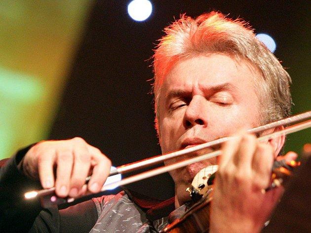 Jaroslav Svěcený zahraje na Klášterních hudebních slavnostech v Šumperku