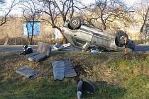 Snímky z dopravních nehod na Jesenicku z pondělí 12. prosince