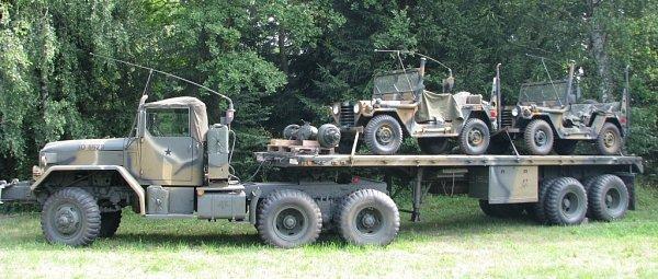 Na sto padesát vojenských veteránů zcelé Evropy se sjelo na louku za Zvolí směrem na Jestřebí na tradiční sraz.