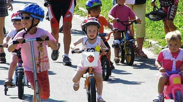Snímky z cyklistického závodu O cenu Rapotína