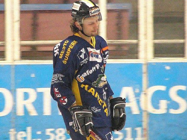 Michal Vymazal (na archivním snímku) se po zranění zápěstí poprvé zahrál zápas