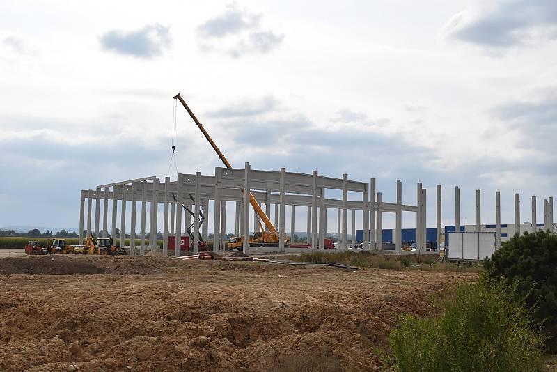 Nová hala společnosti Fenix Solutions v Mohelnici.