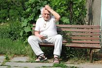 Senioři z Javorníku nevědí, jestli se charitní domov neuzavře a je nečeká stěhování do krajských zařízení