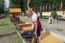 Ve Zlatých Horách začalo mistrovství světa v rýžování zlata