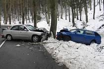 Snímky dopravní nehody u Kosova.