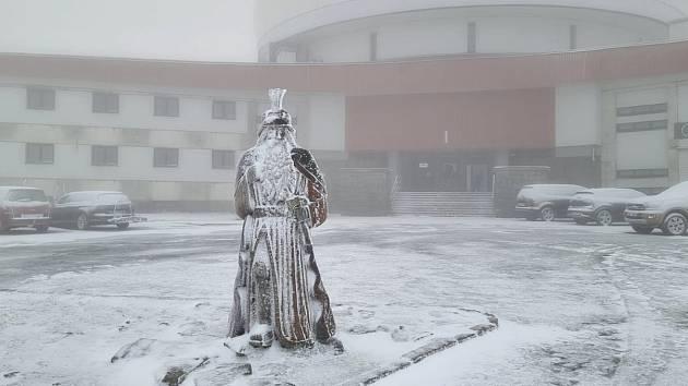 Na Pradědu od úterního večera drobně sněží, 13. října 2021