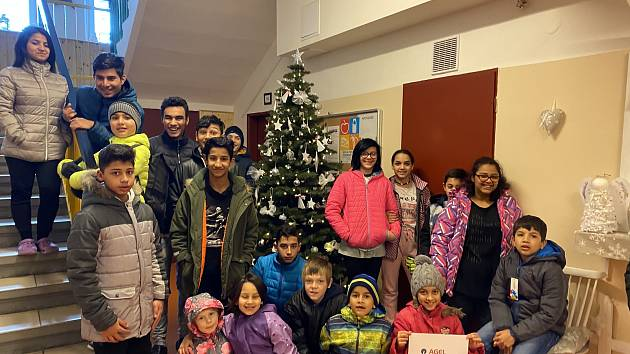 Děti z Dětského domova ve Vrbně pod Pradědem.