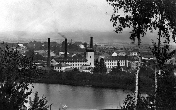 Areál zábřežské textilky Perla na snímku pocházejícím zroku 1975.
