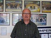 Hokejová sezona sotva skončila, ale ředitel šumperských Draků Vladimír Velčovský už má zase spoustu práce.